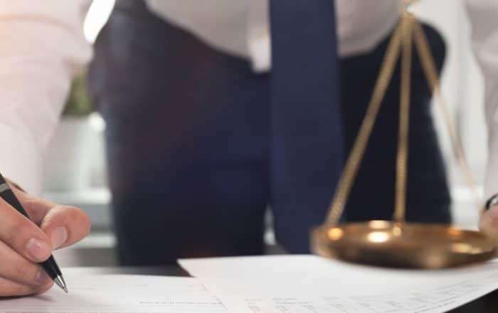 GmbH gründen beim Notar